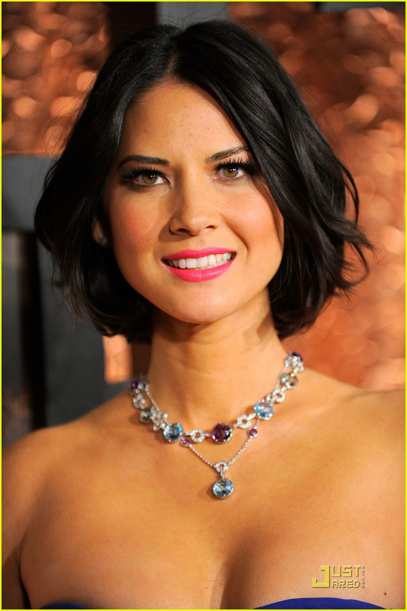 olivia munn comedy awards 09