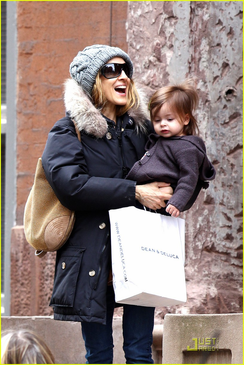 sarah jessica parker twins grocery shopping 01