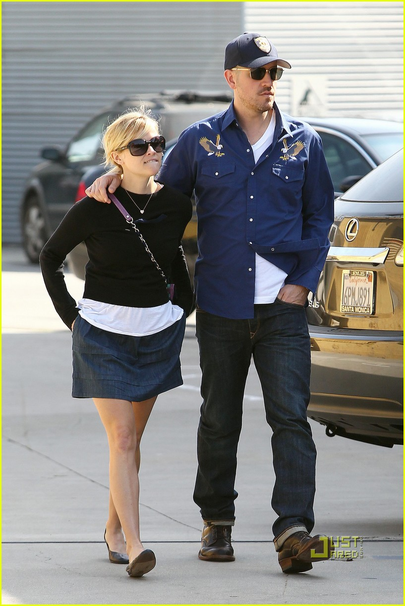reese witherspoon jim toth church 05