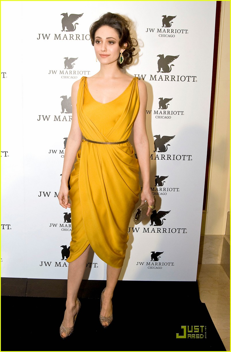 emmy rossum jw marriott chicago grand opening 14