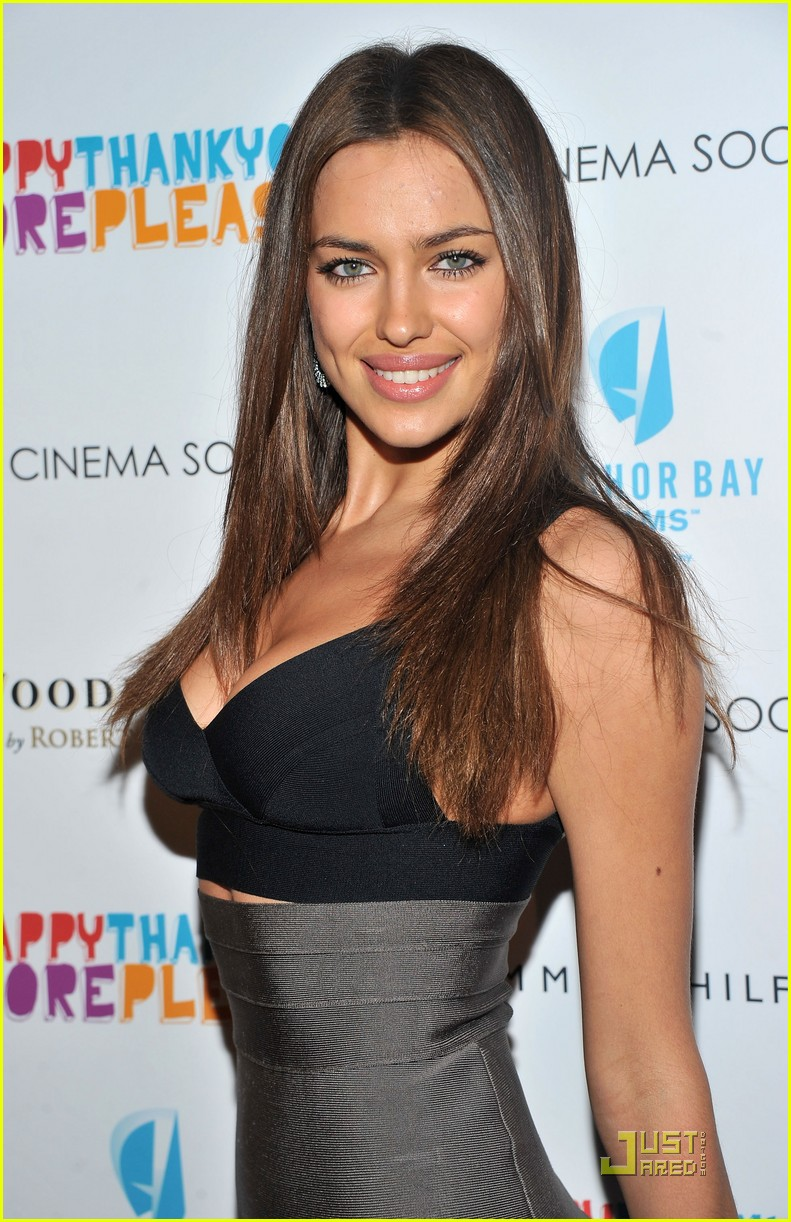 irina shayk chrissy teigen happy thankyou more please premiere 03