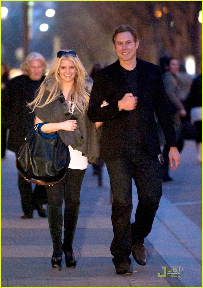jessica simpson eric johnson lavenue 022527097