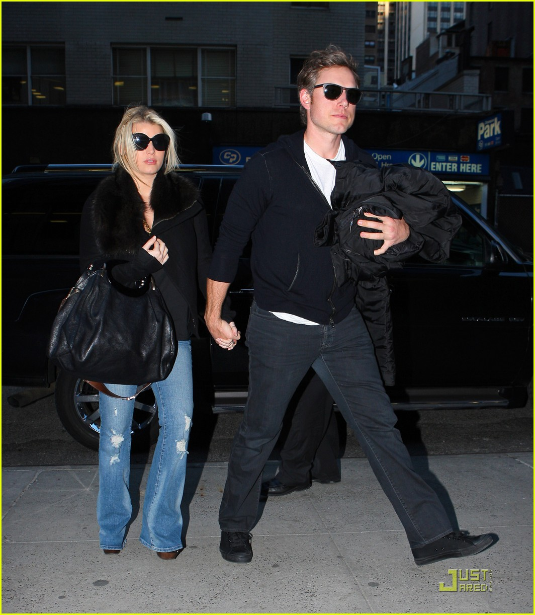 jessica simpson admired by snooki 08