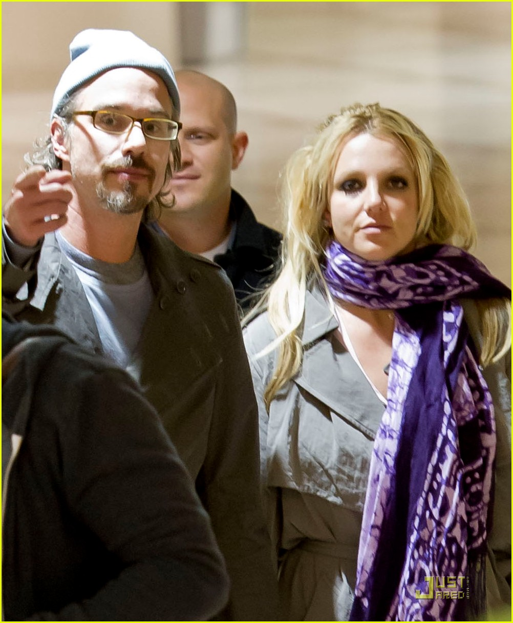 britney spears lax liftoff with jason trawick 04