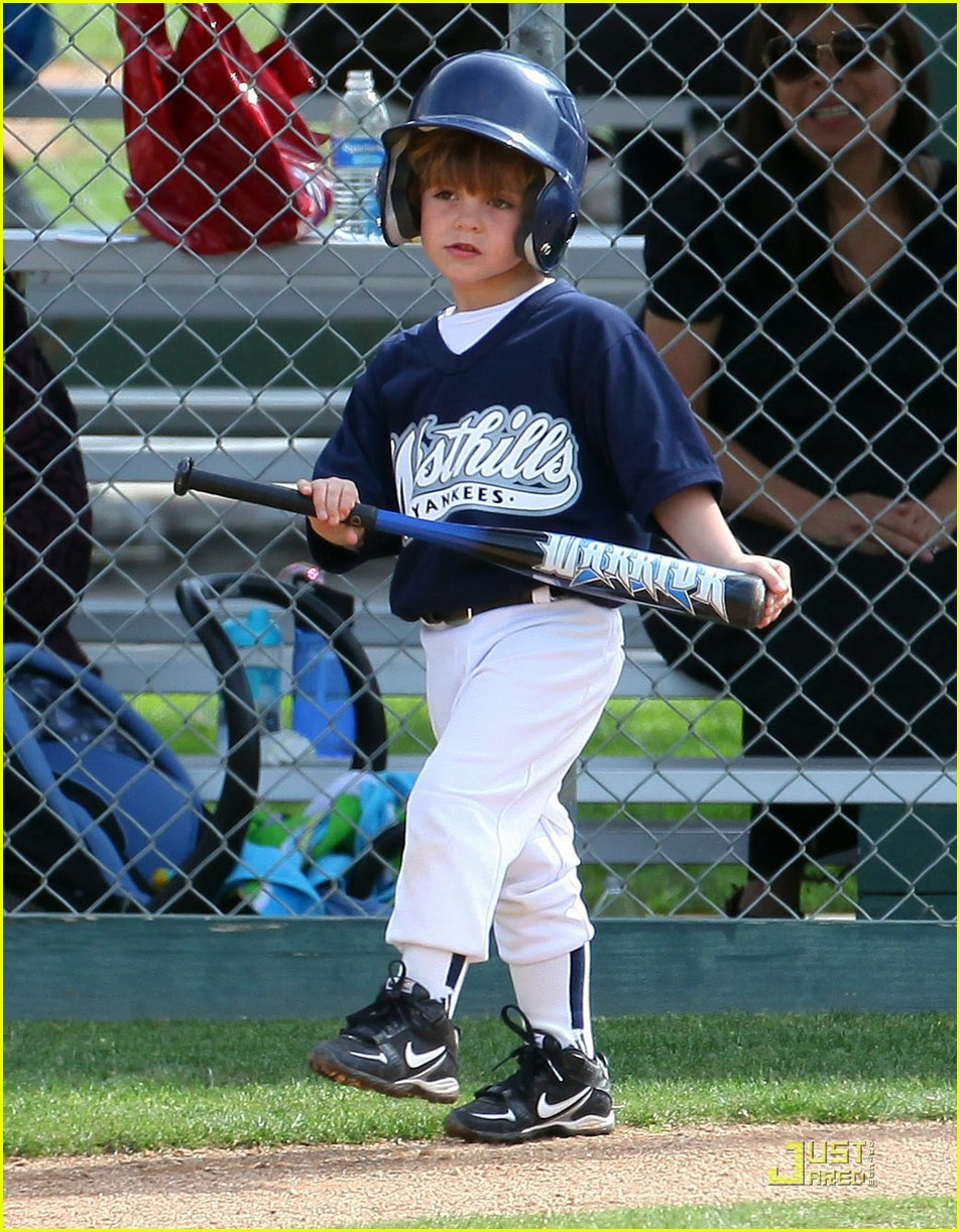 britney spears kevin federline reunite little league 09