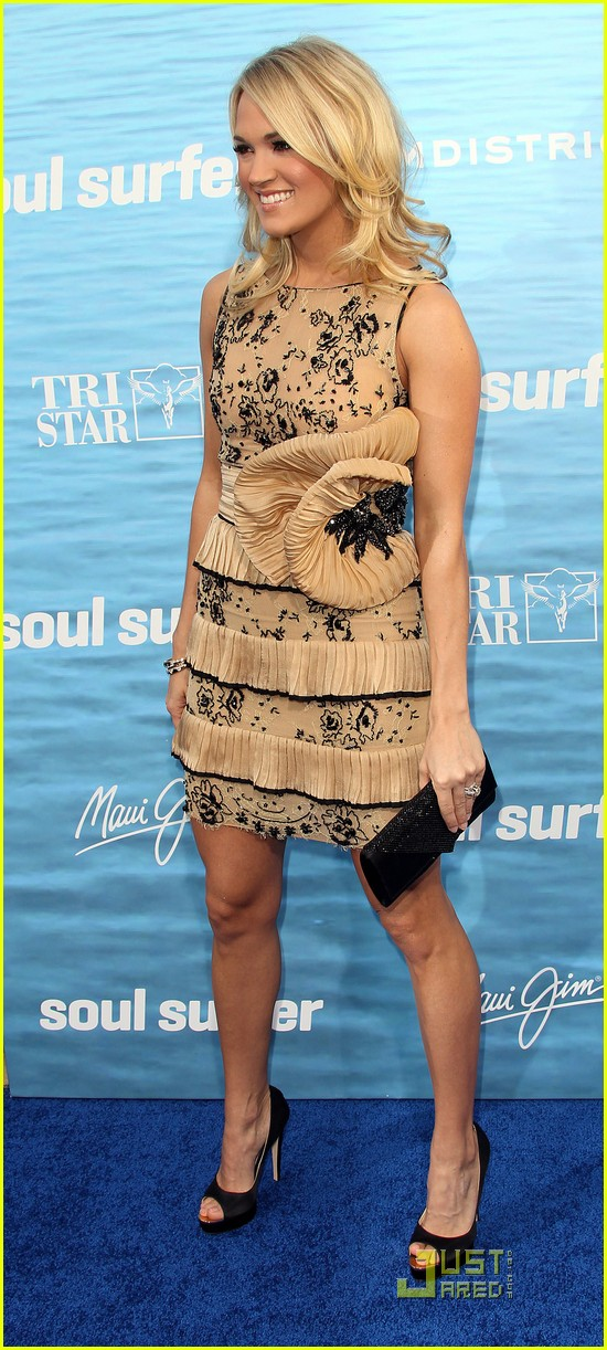 carrie underwood soul surfer premiere 082531676