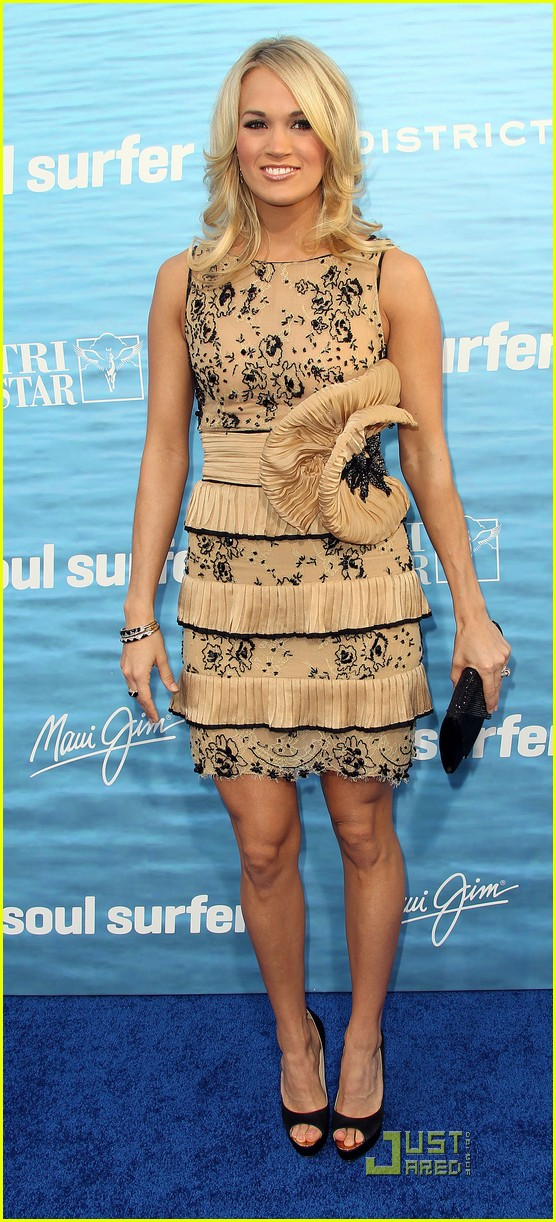 carrie underwood soul surfer premiere 092531677