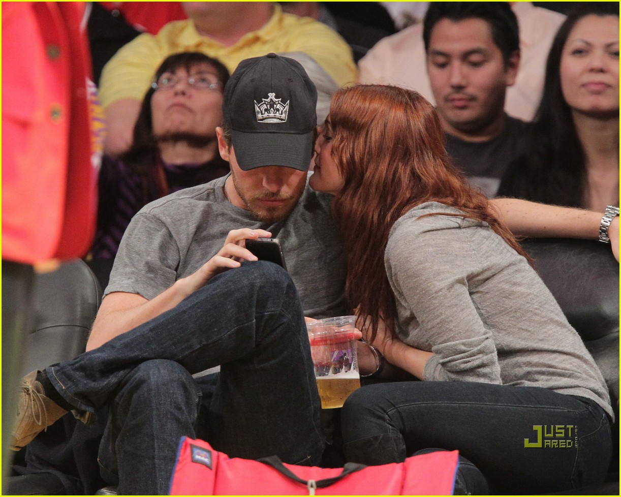 drew barrymore will kopelman lakers game courtside kiss 08