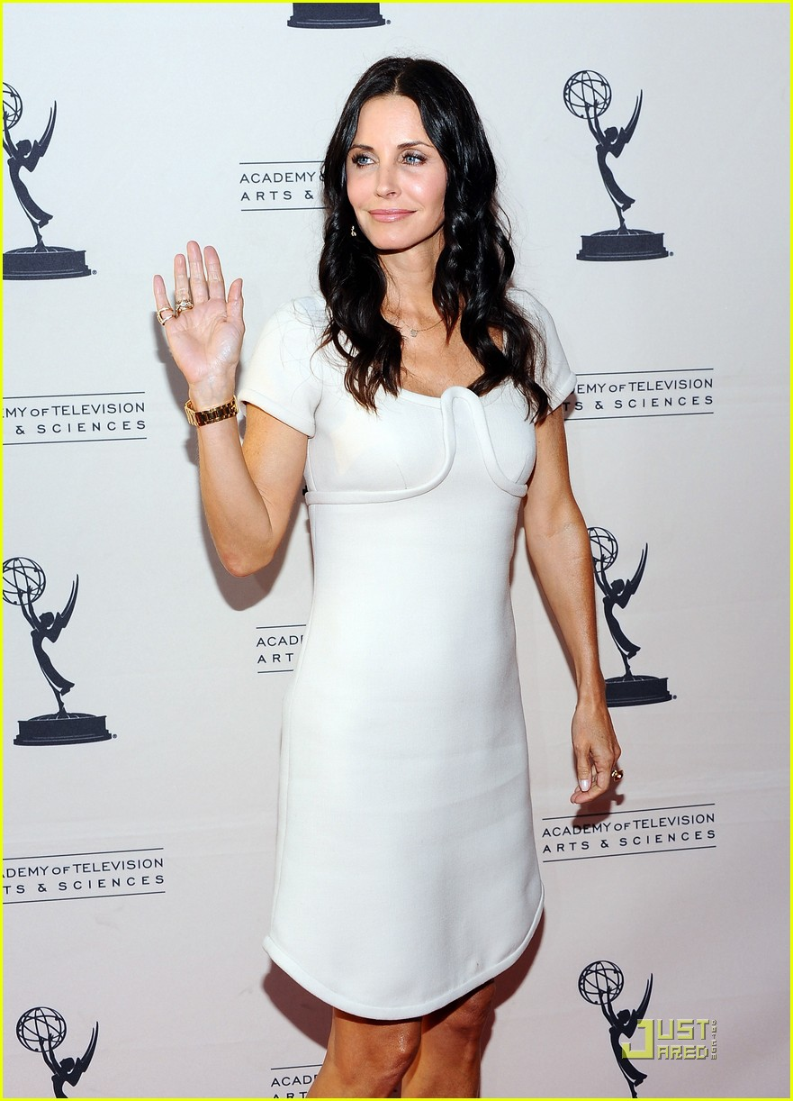 courteney cox cougar academymytext03