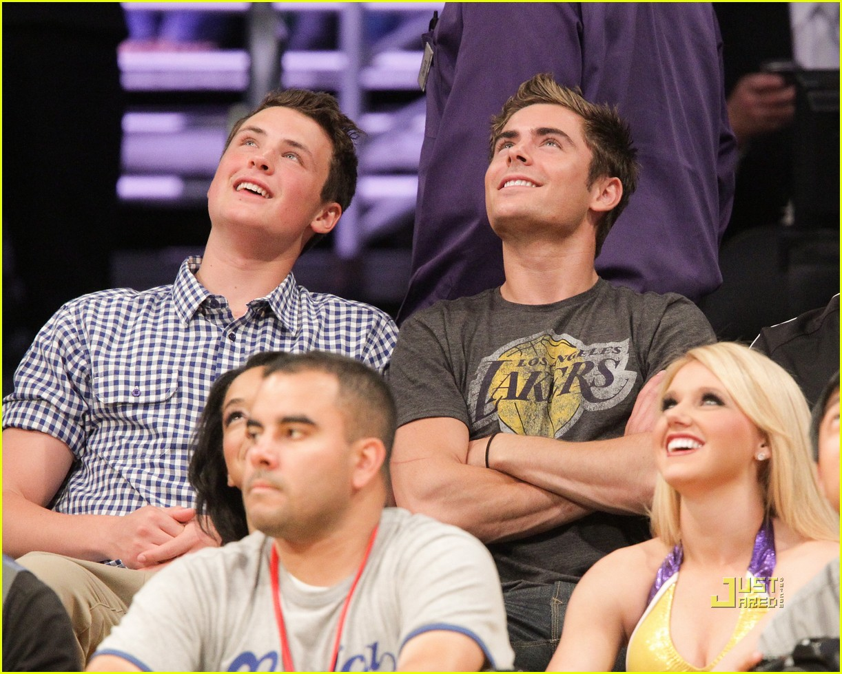zac efron dylan lakers game 05