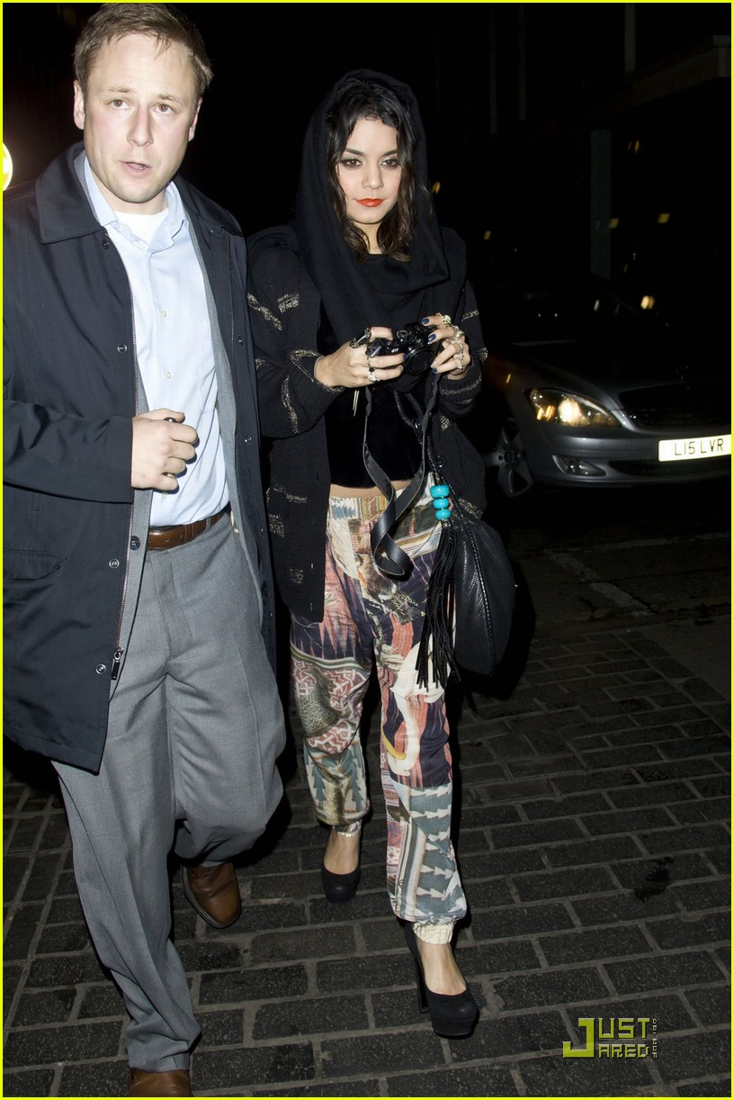 vanessa hudgens loves london 022531985