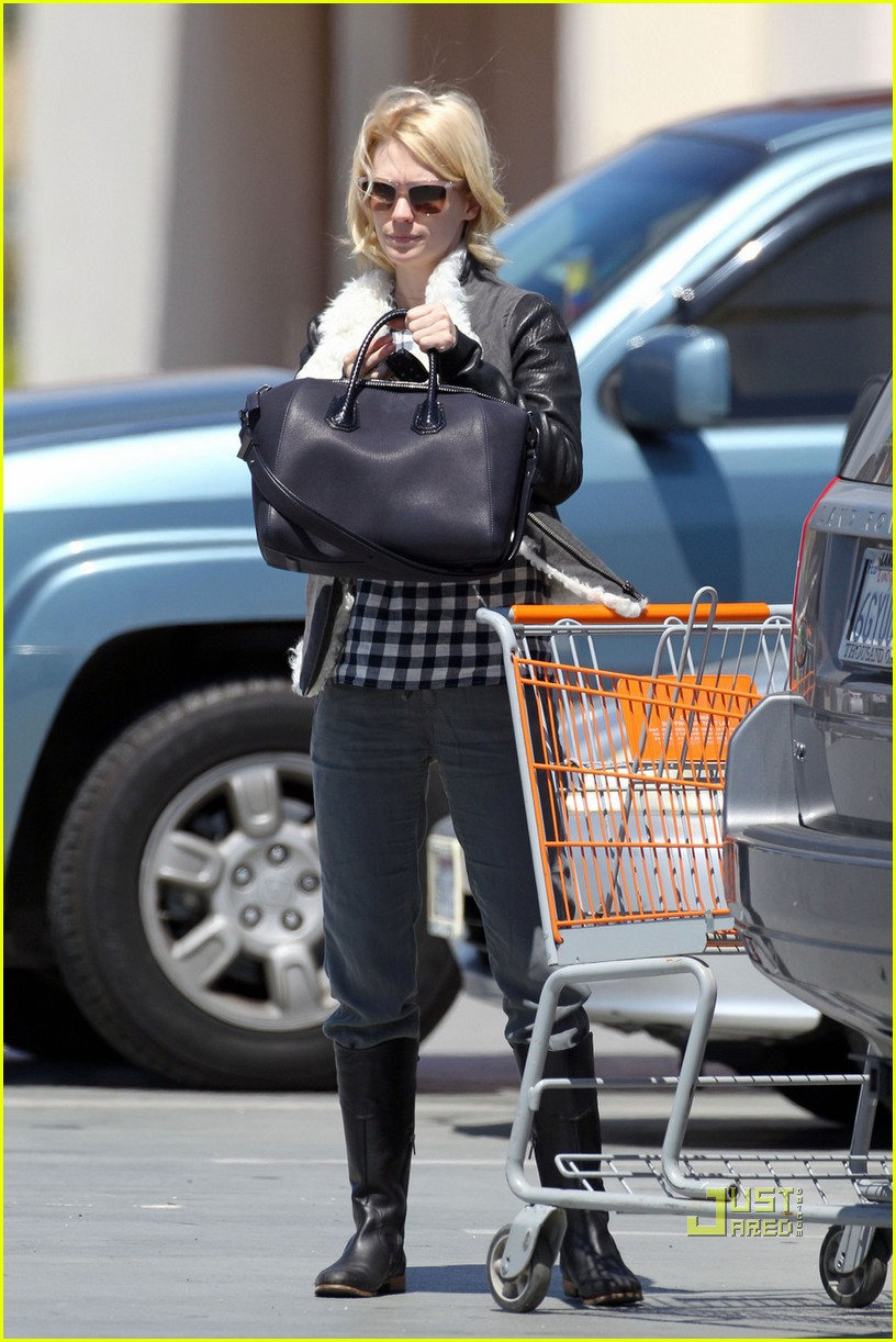 january jones home depot 05