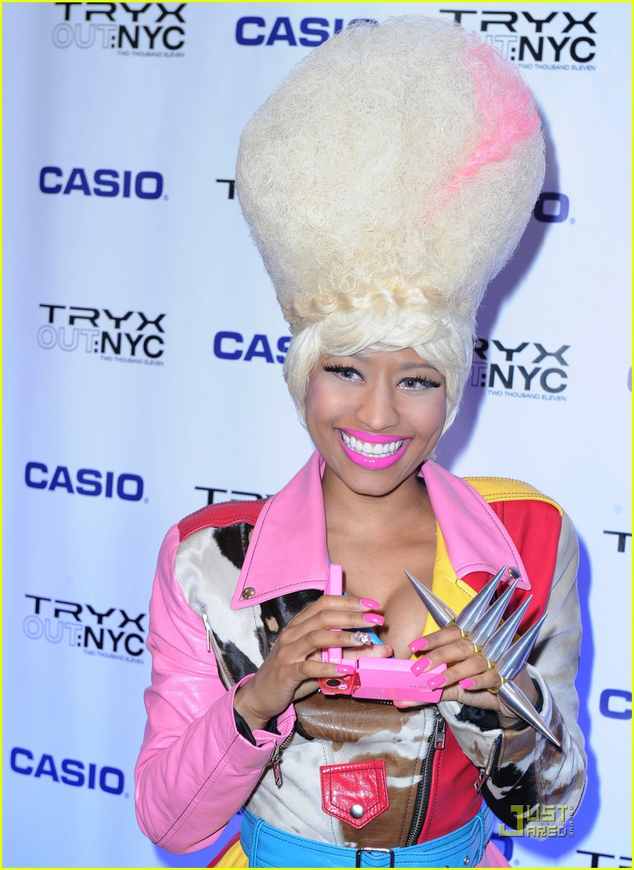 nicki minaj tryx out kickoff party 082533856