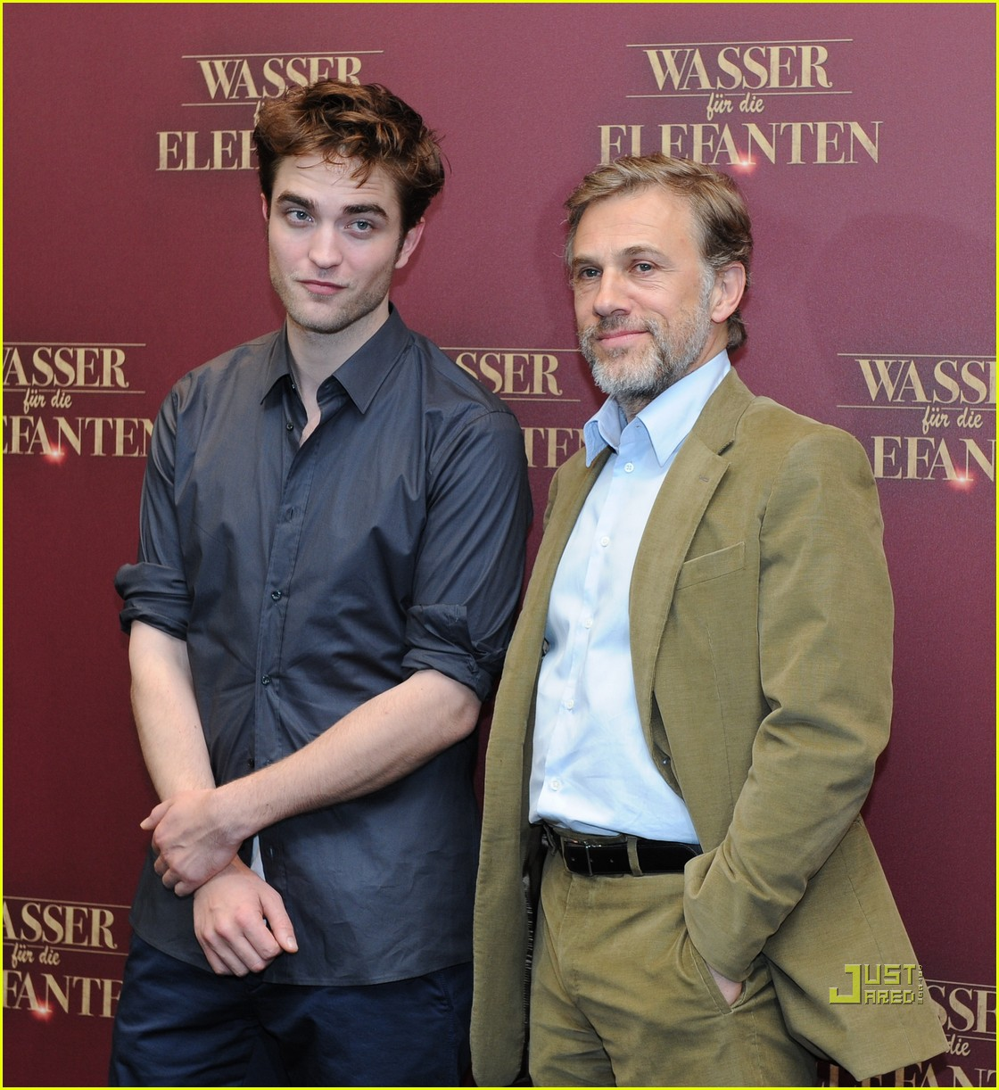 robert pattinson christoph waltz water for elephants photo call berlin 142538656