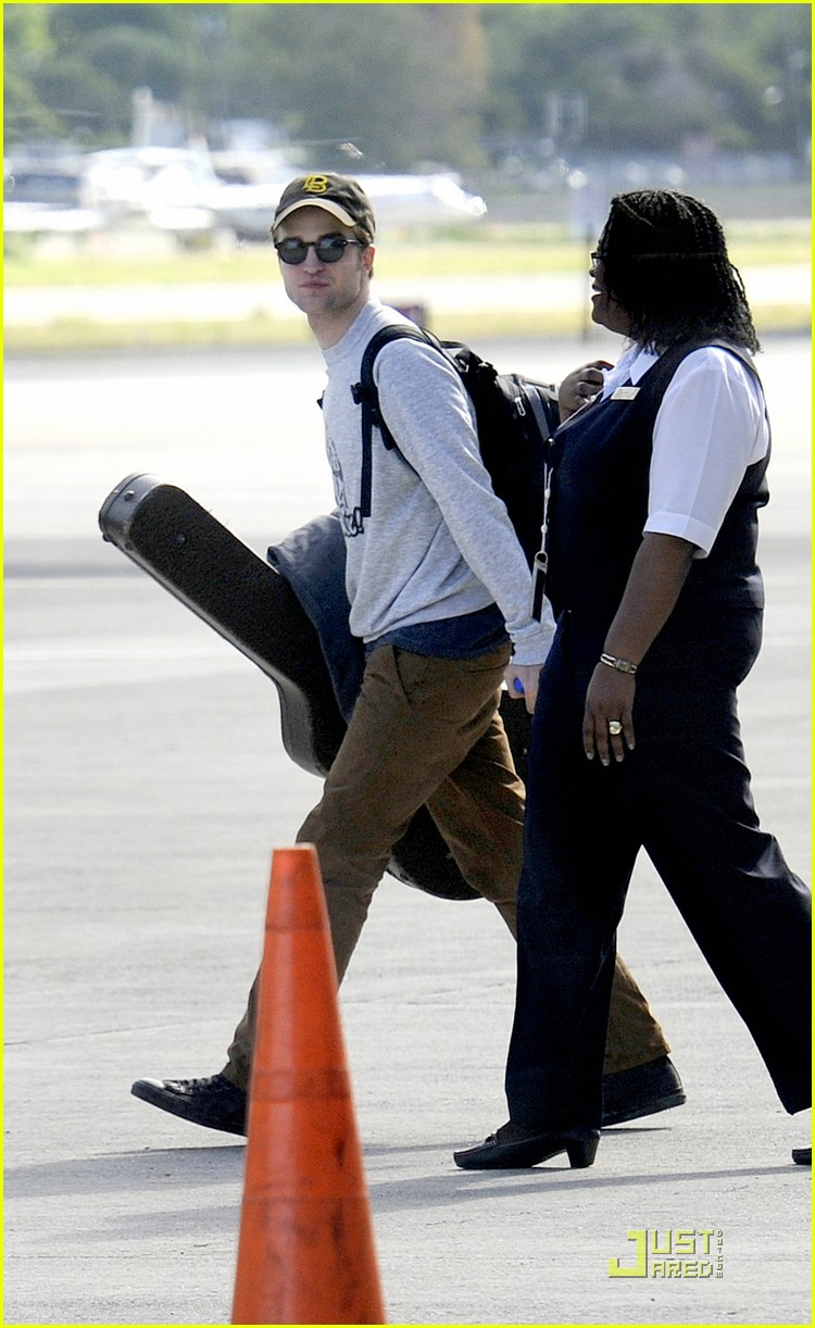 robert pattinson st thomas 01