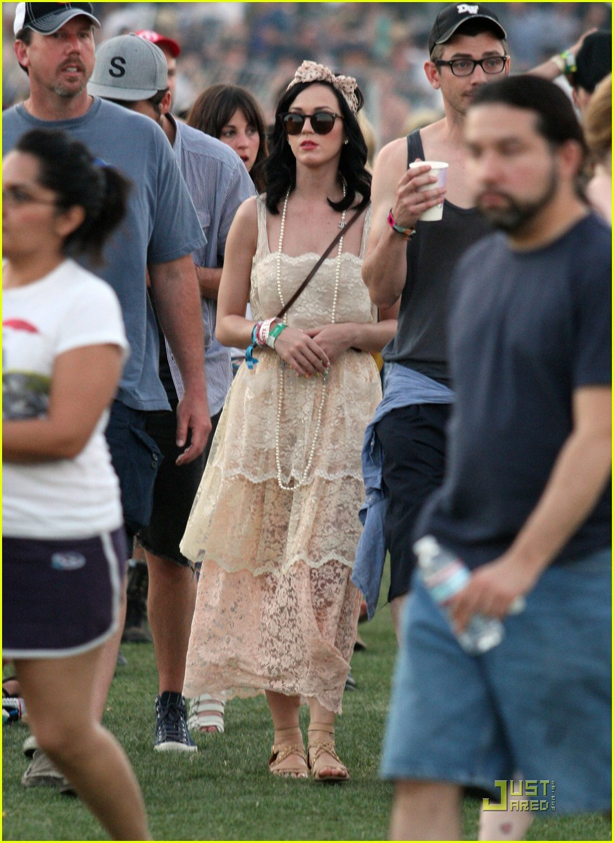 katy perry california coachella girl 02