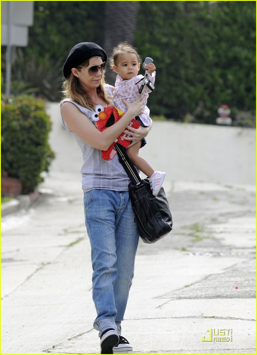 ellen pompeo day out with stella chris ivery 04