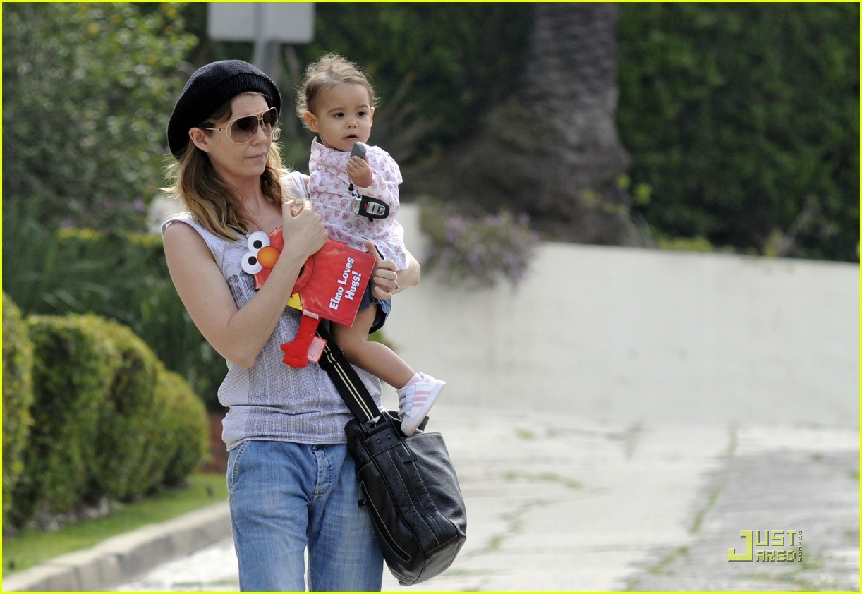 ellen pompeo day out with stella chris ivery 09