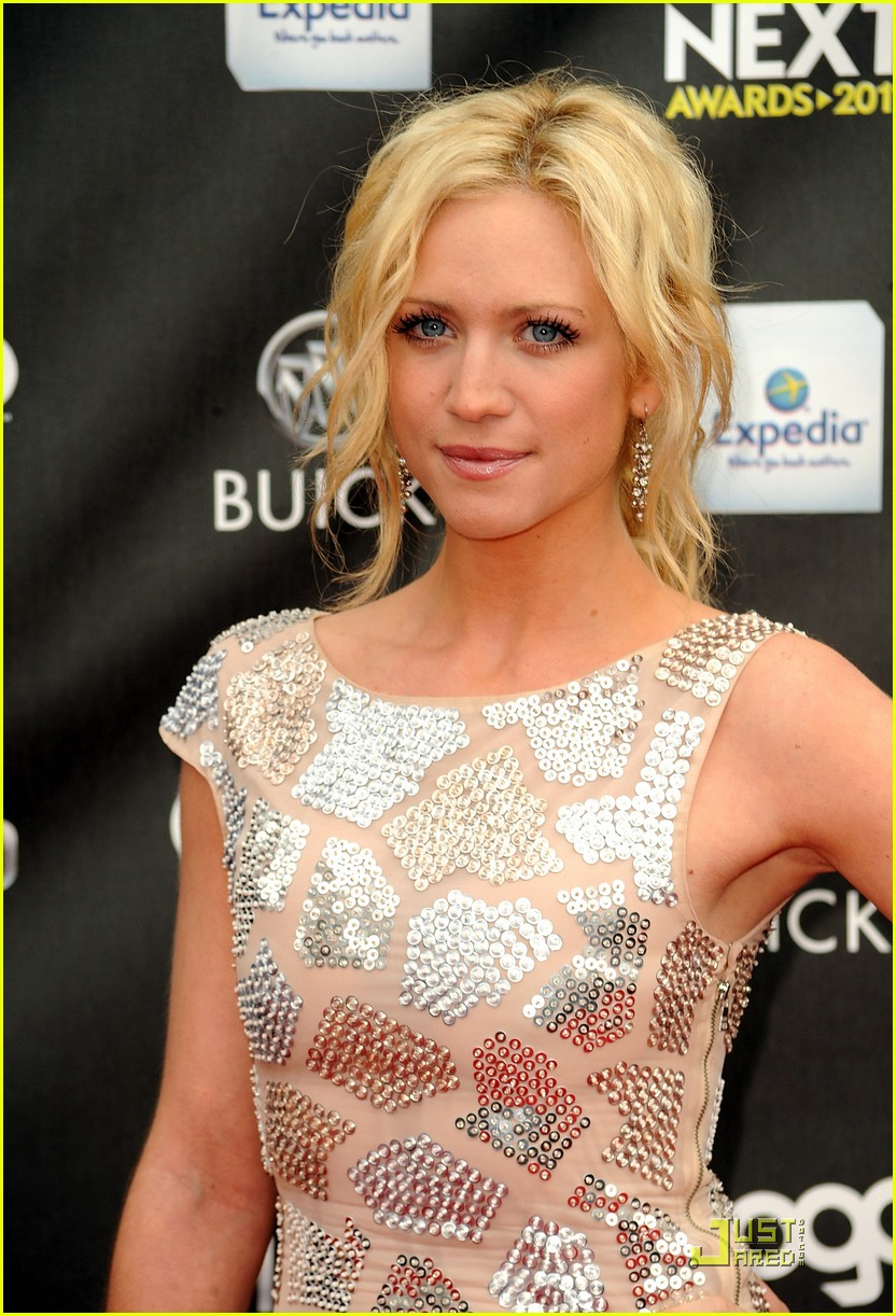 brittany snow logos newnownext awards 2011 11