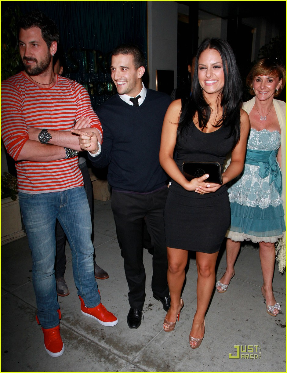 pia toscano mark ballas dinner mom 012538222