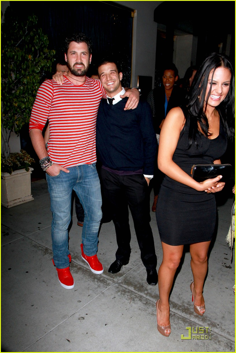 pia toscano mark ballas dinner mom 03