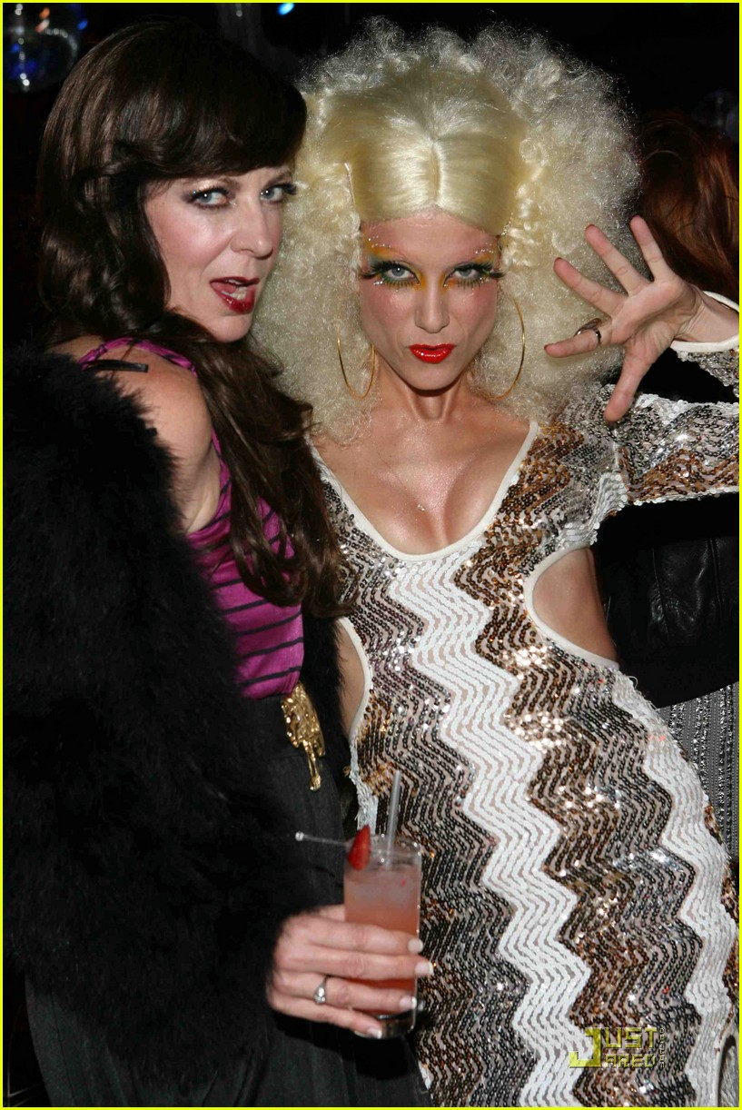 kate walsh 70s disco party 04