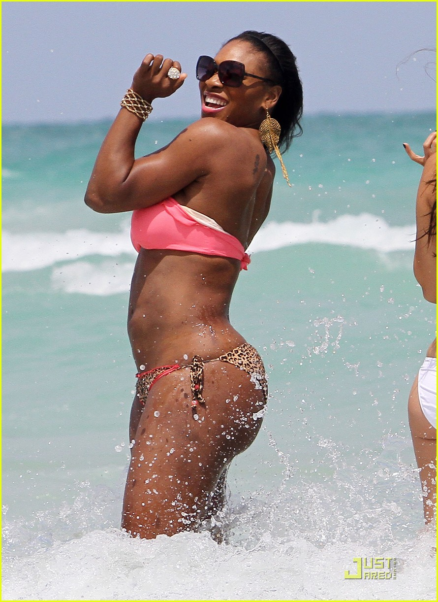 serena williams bikini beach body 03