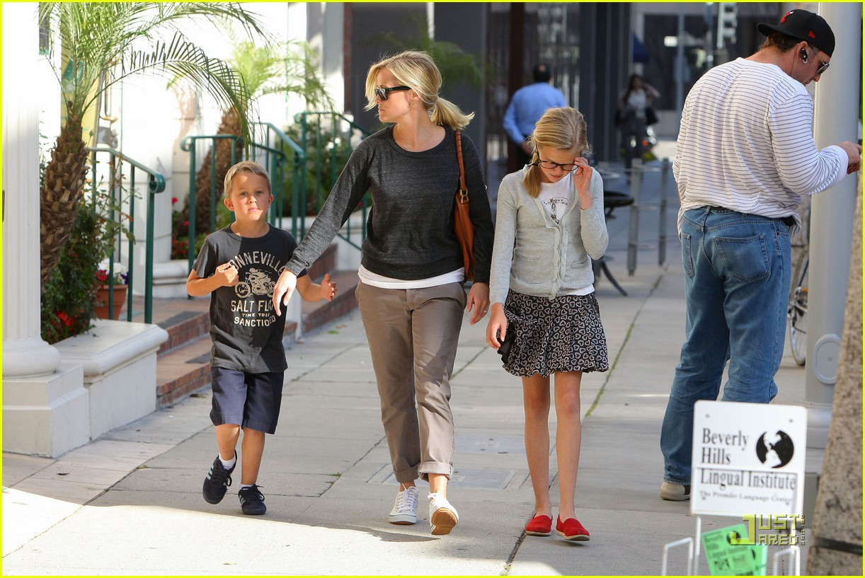 reese witherspoon kids doctormytext02