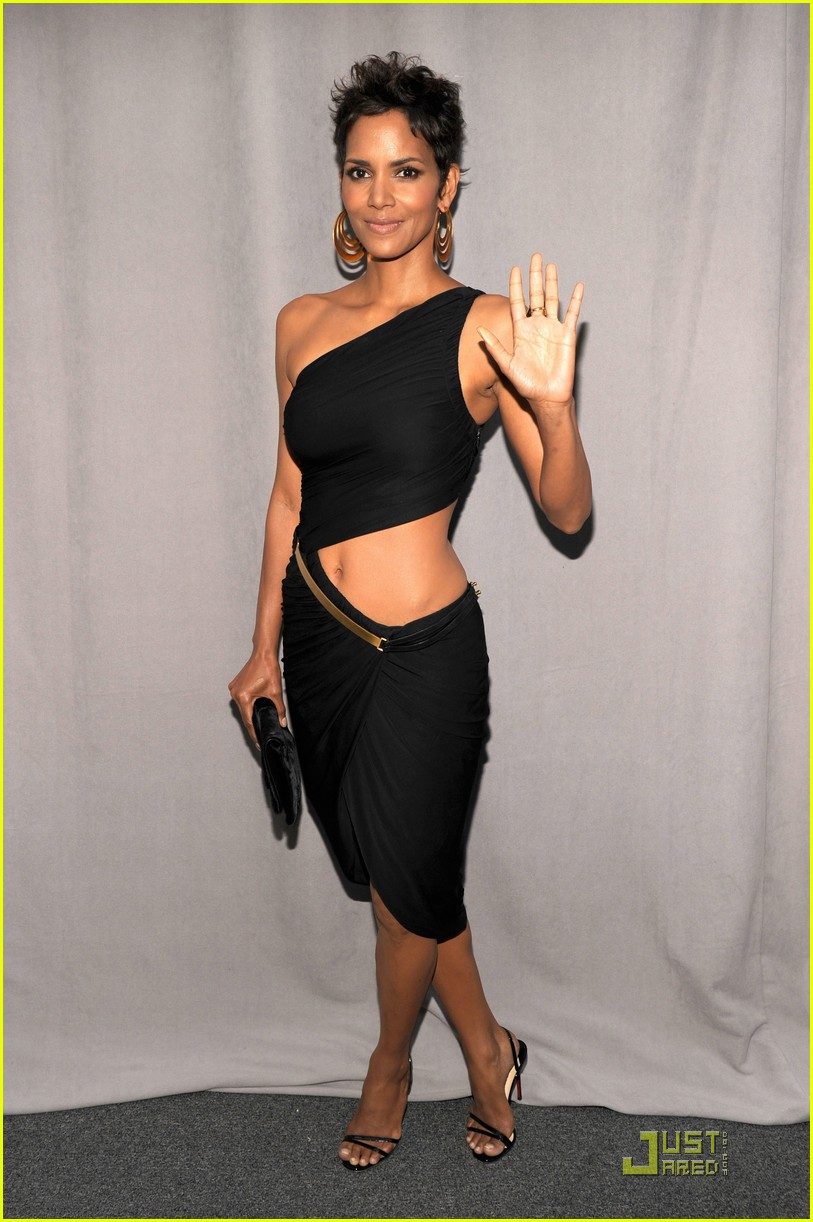 halle berry fifi awards 01
