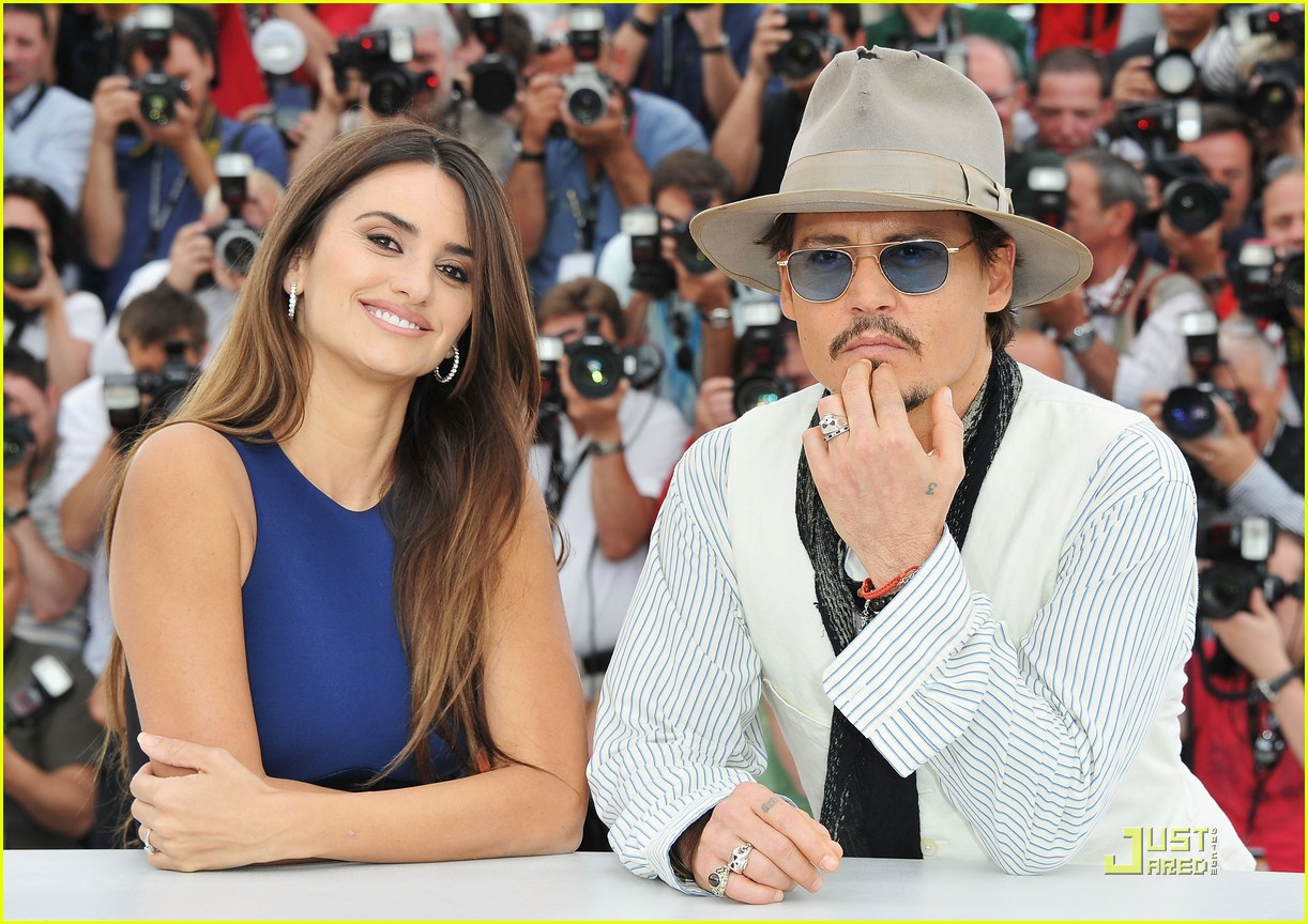 penelope cruz johnny depp pirates cannes 04