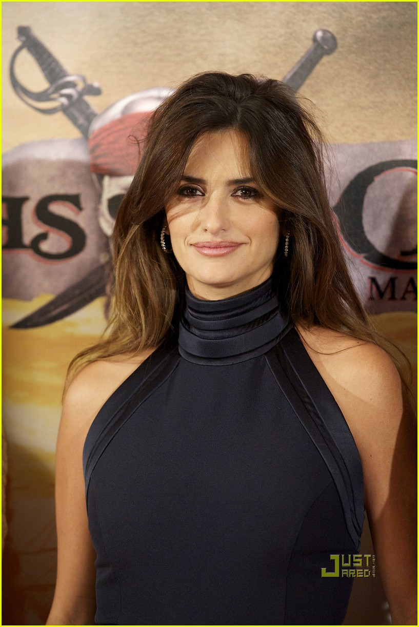 penelope cruz pirates photo call madrid 04