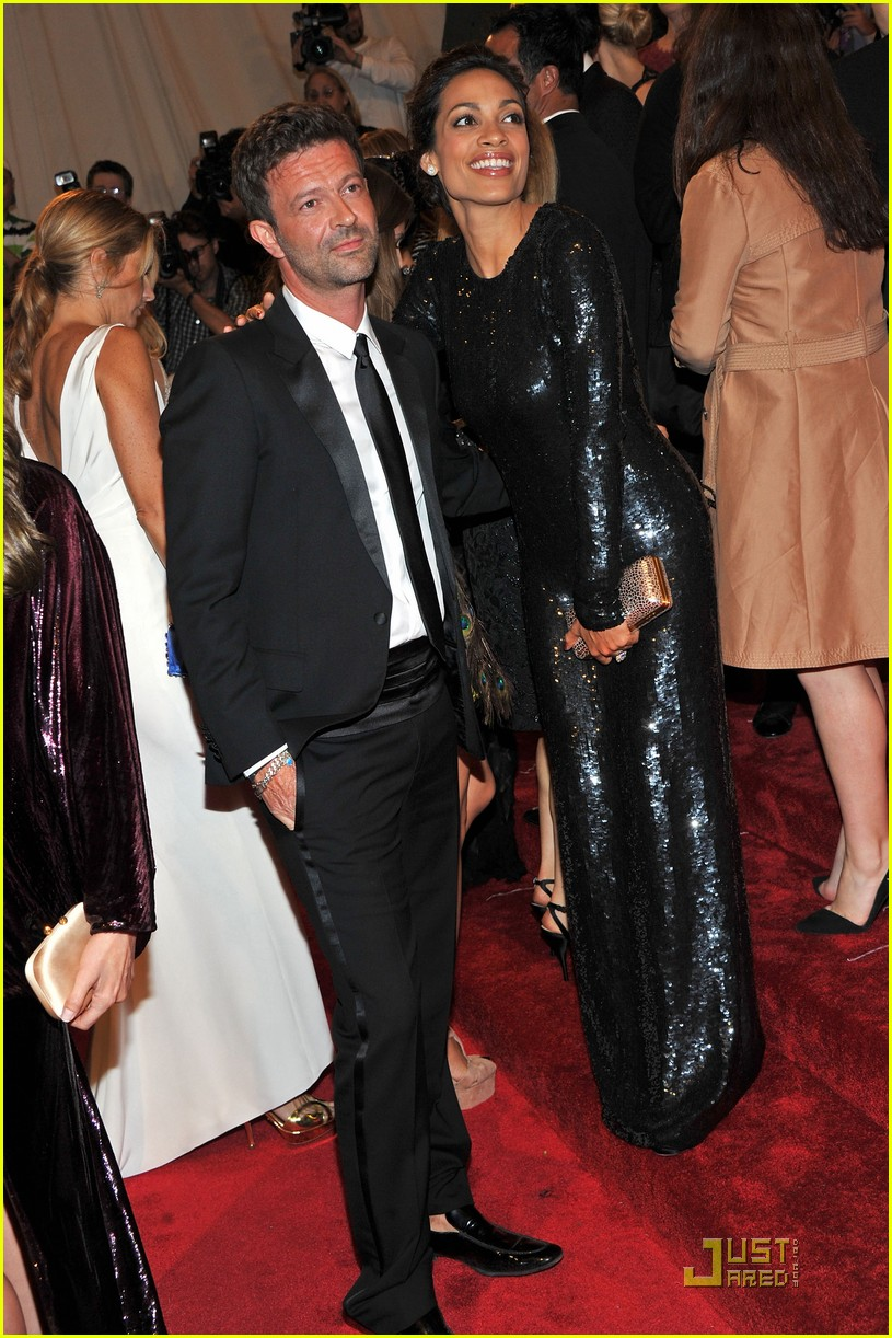 rosario dawson kerry washington mary j blige met ball 2011 14