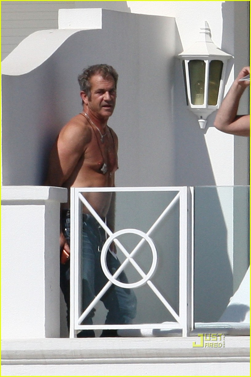 mel gibson shirtless cannes 052544889