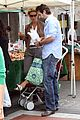 katherine heigl farmers market with naleigh and josh kelley 11