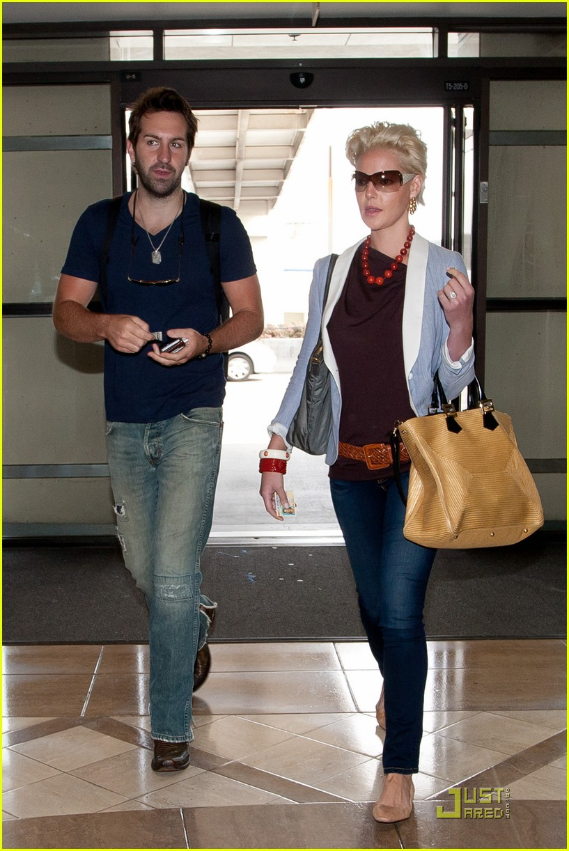 katherine heigl josh kelley lax 02