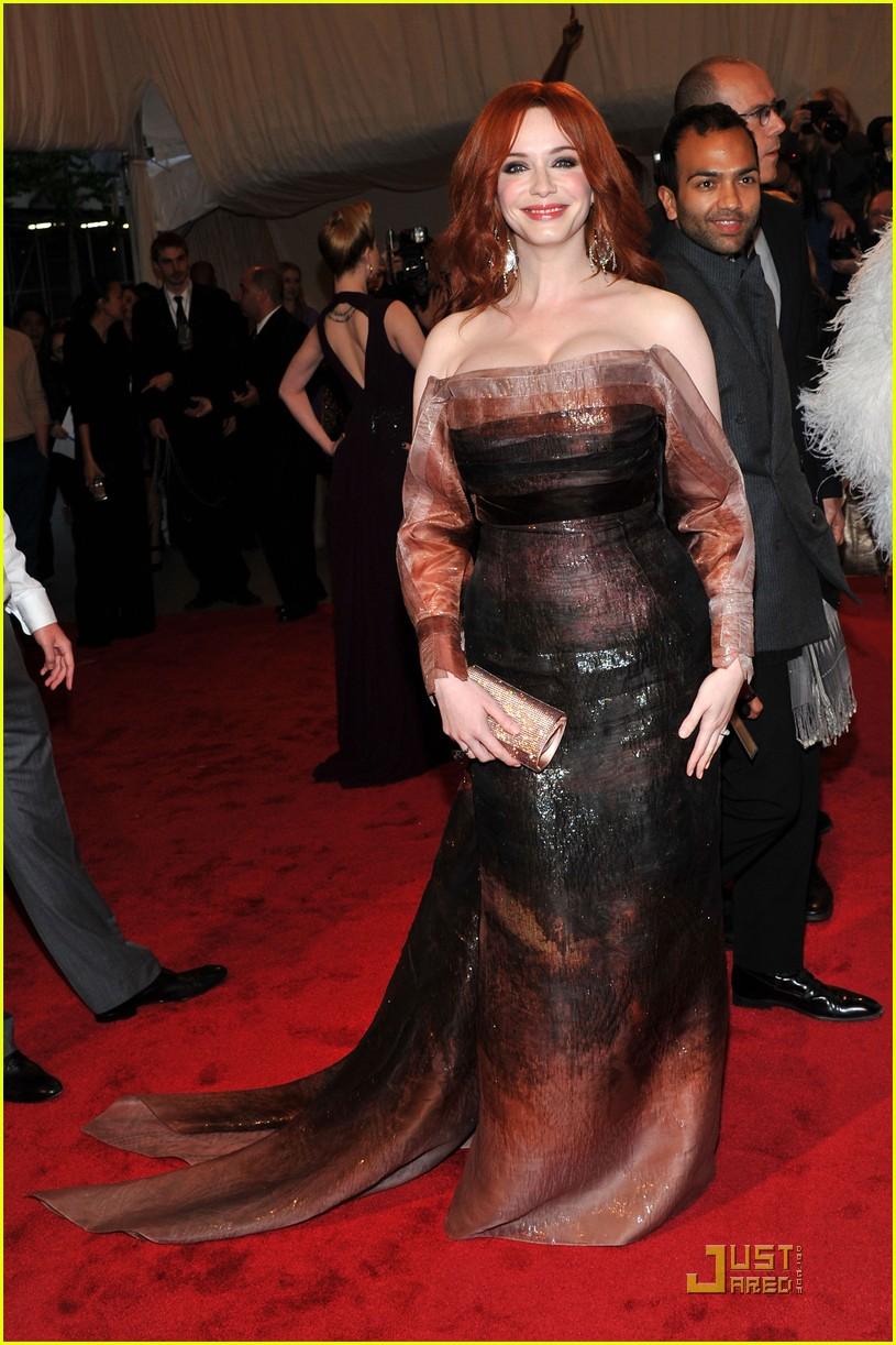 christina hendricks met ball 2011 06