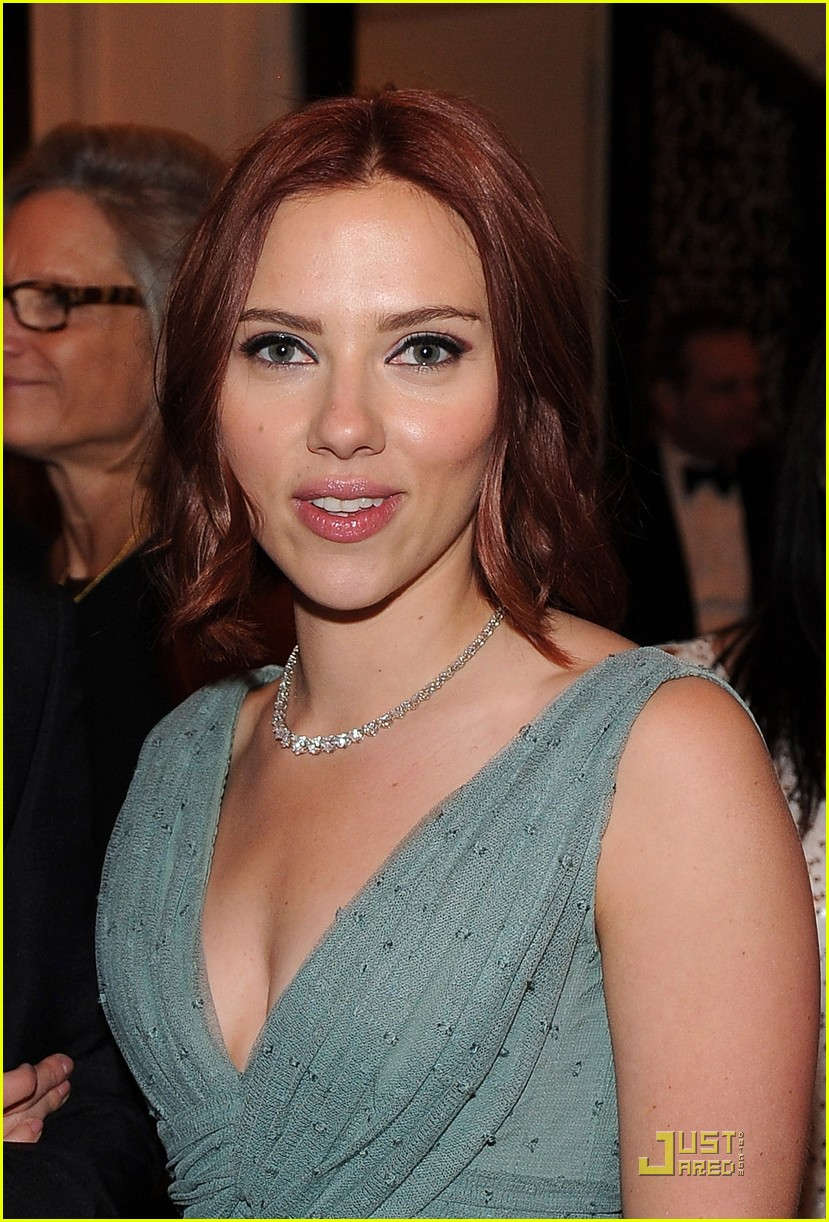 scarlett johansson white house correspondents dinner 032539620
