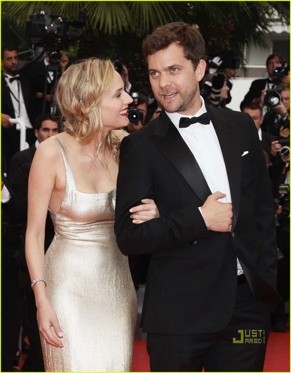 diane kruger joshua jackson sleeping beauty cannes film festival 2011 12