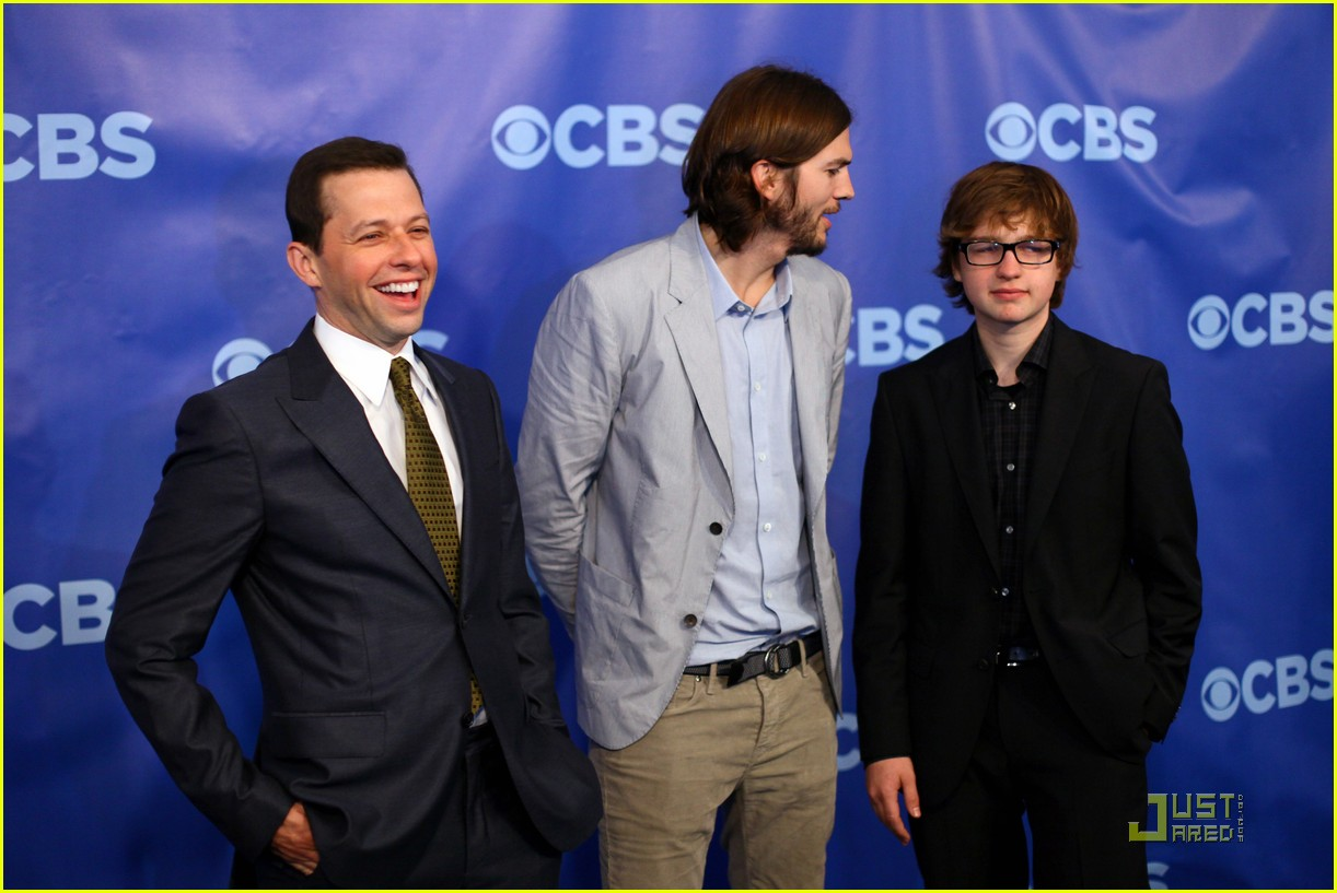 ashton kutcher two and a half men new cast 03
