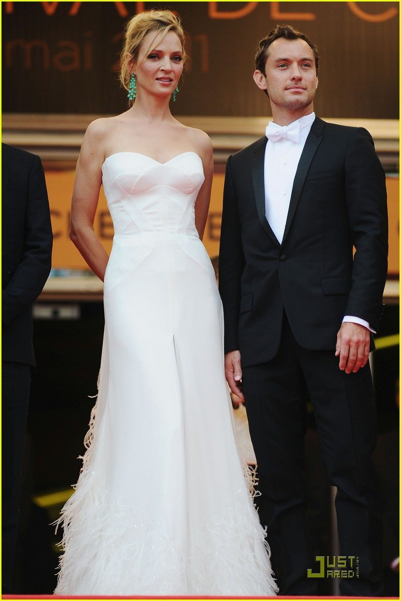 jude law cannes opening ceremony with uma thurman 01