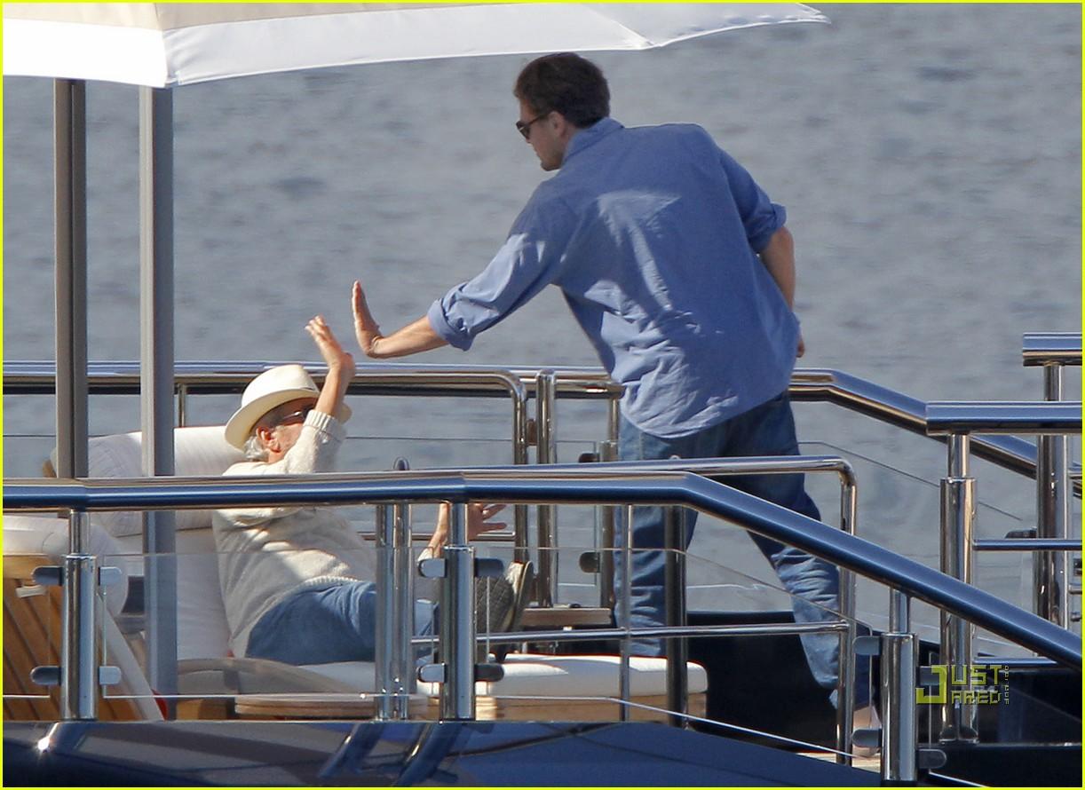 leonardo dicaprio blake lively yacht 07