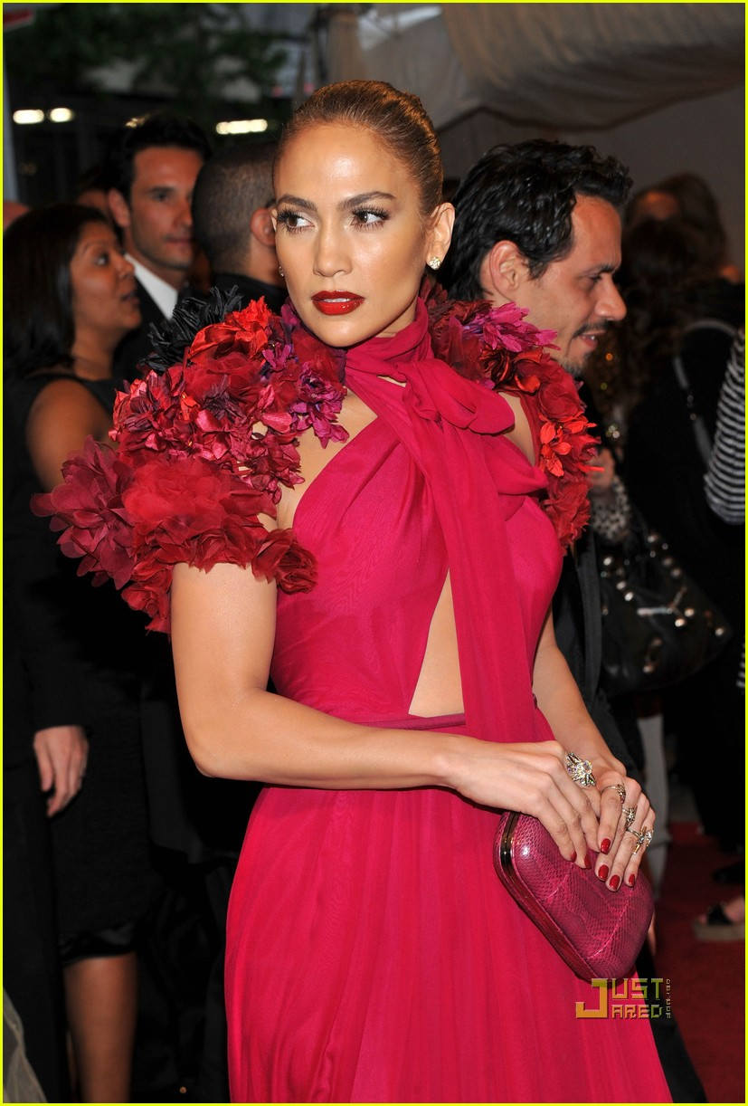 jennifer lopez met ball 2011 01 01