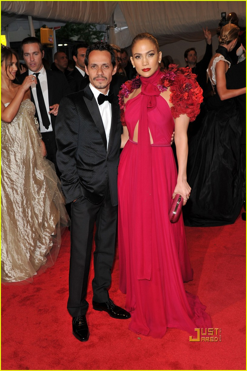 jennifer lopez met ball 2011 01 08
