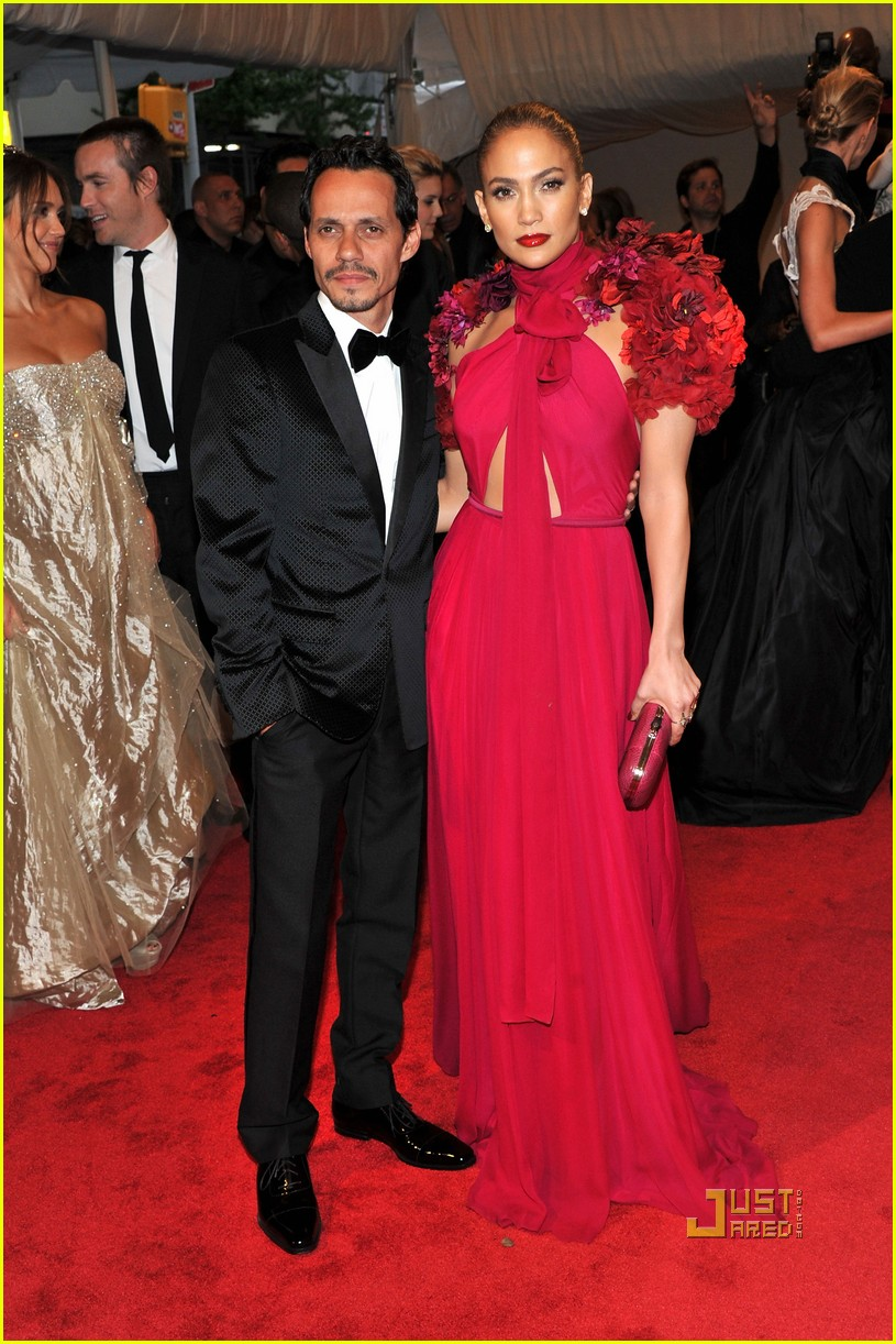 jennifer lopez met ball 2011 01 13