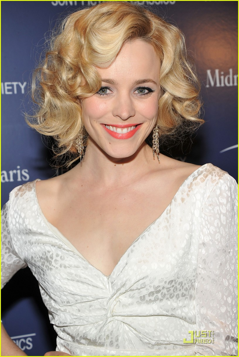 rachel mcadams midnight paris nyc 02