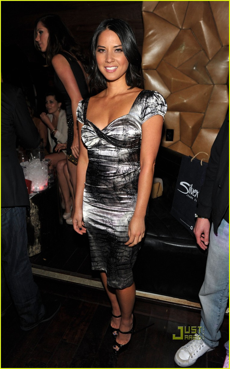 olivia munn jaimie alexander maxim hot 100 party 05