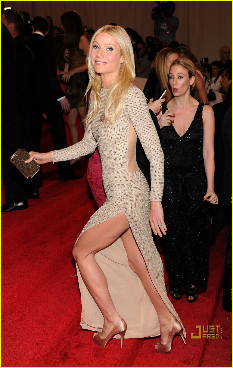 gwyneth paltrow met ball 2011 01