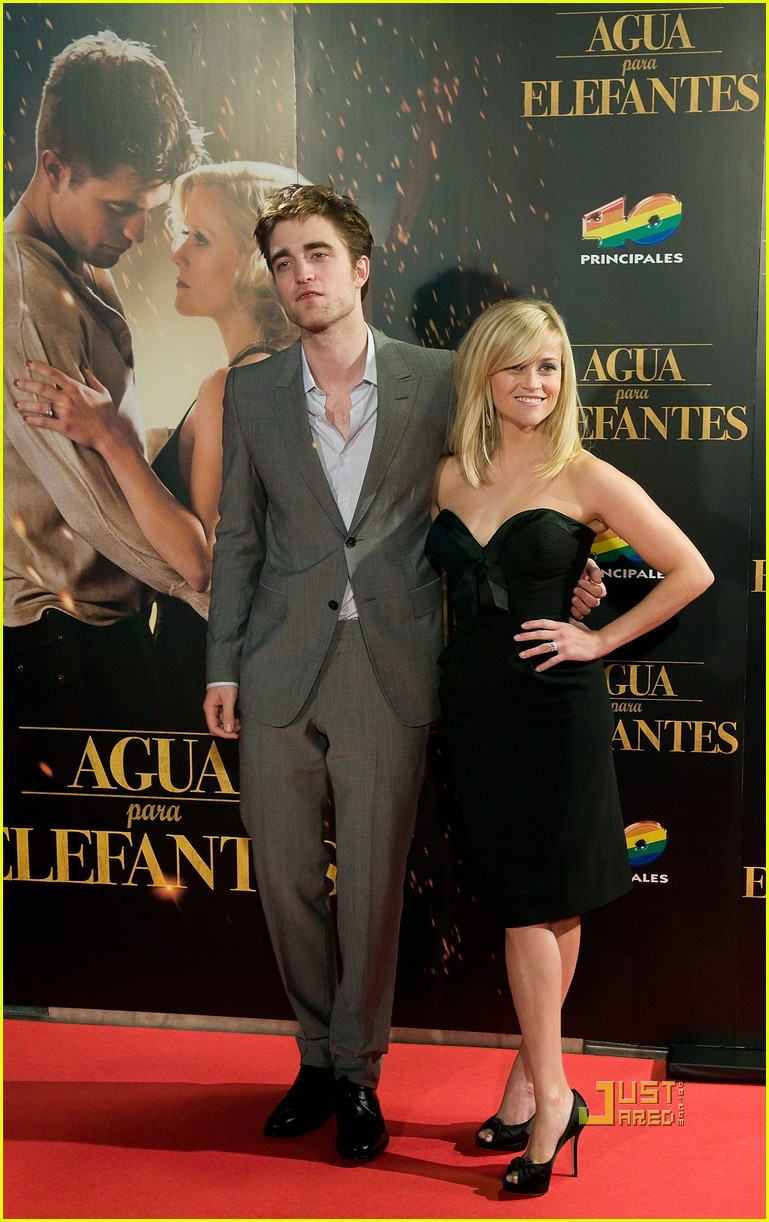 reese witherspoon spain robert pattinson water for elephants 23