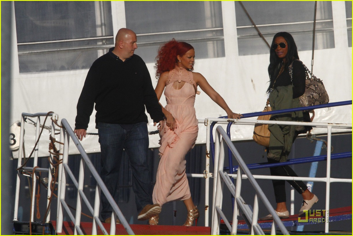 rihanna nivea cruise germany 08