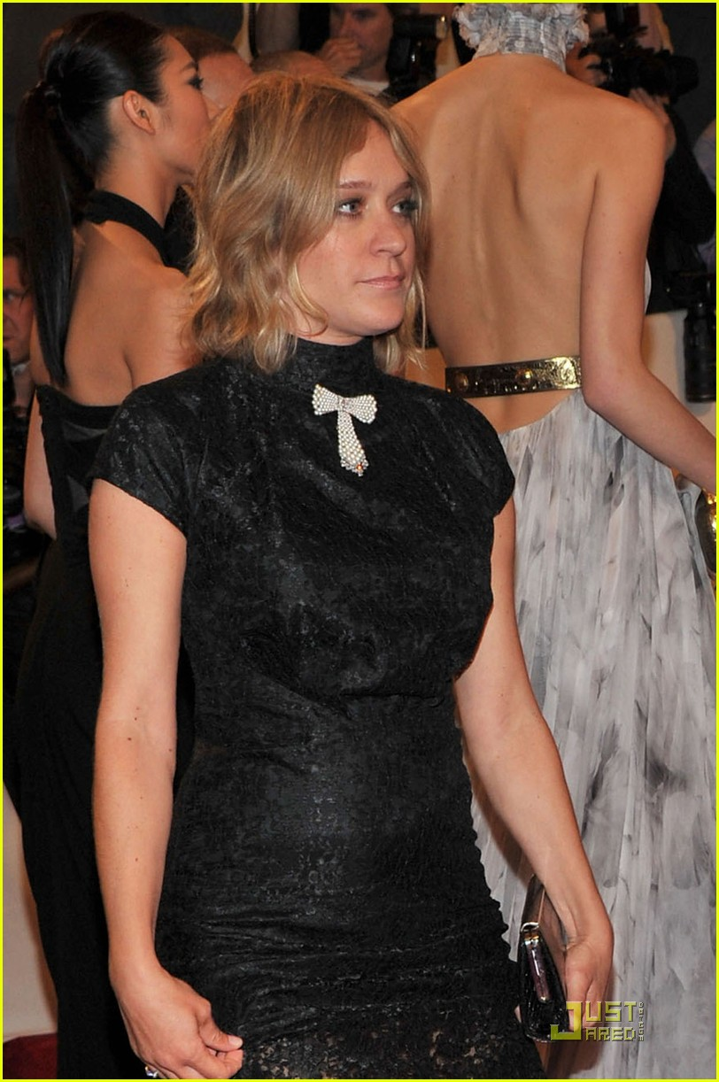 chloe sevigny met ball 2011 03